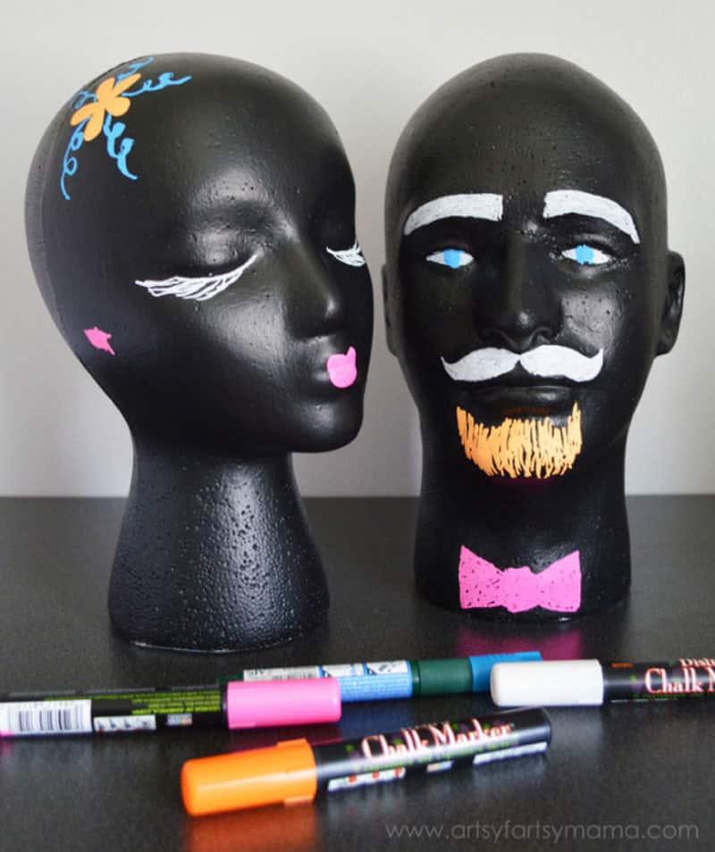 peinture à la craie - peinture ardoise - têtes de mannequin