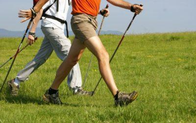 La marche nordique pour perdre du poids et se maintenir en forme